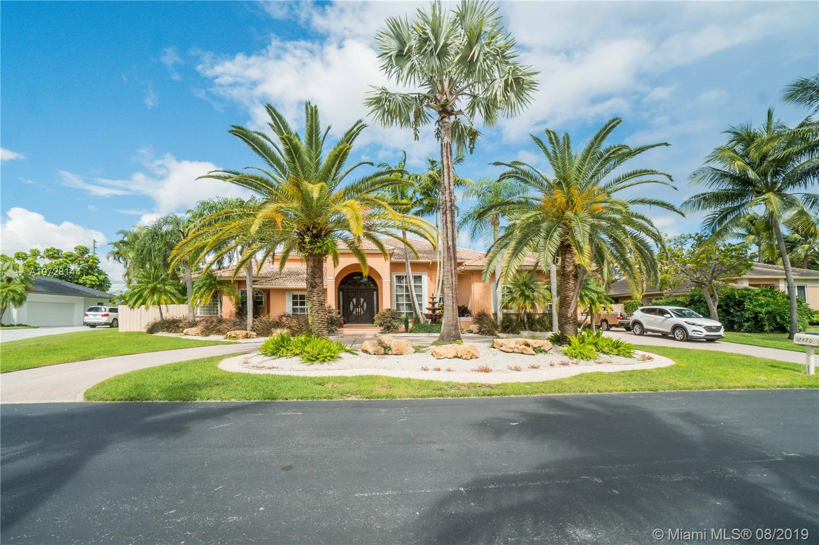12470 SW 101st Ct  For Sale A10728144, FL