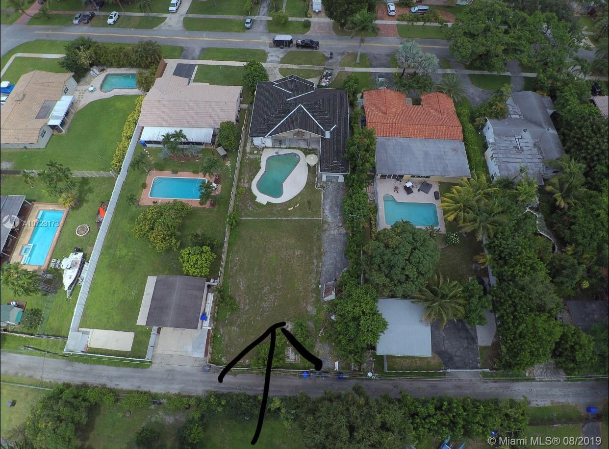 3600 S Longfellow Cir  For Sale A10728173, FL