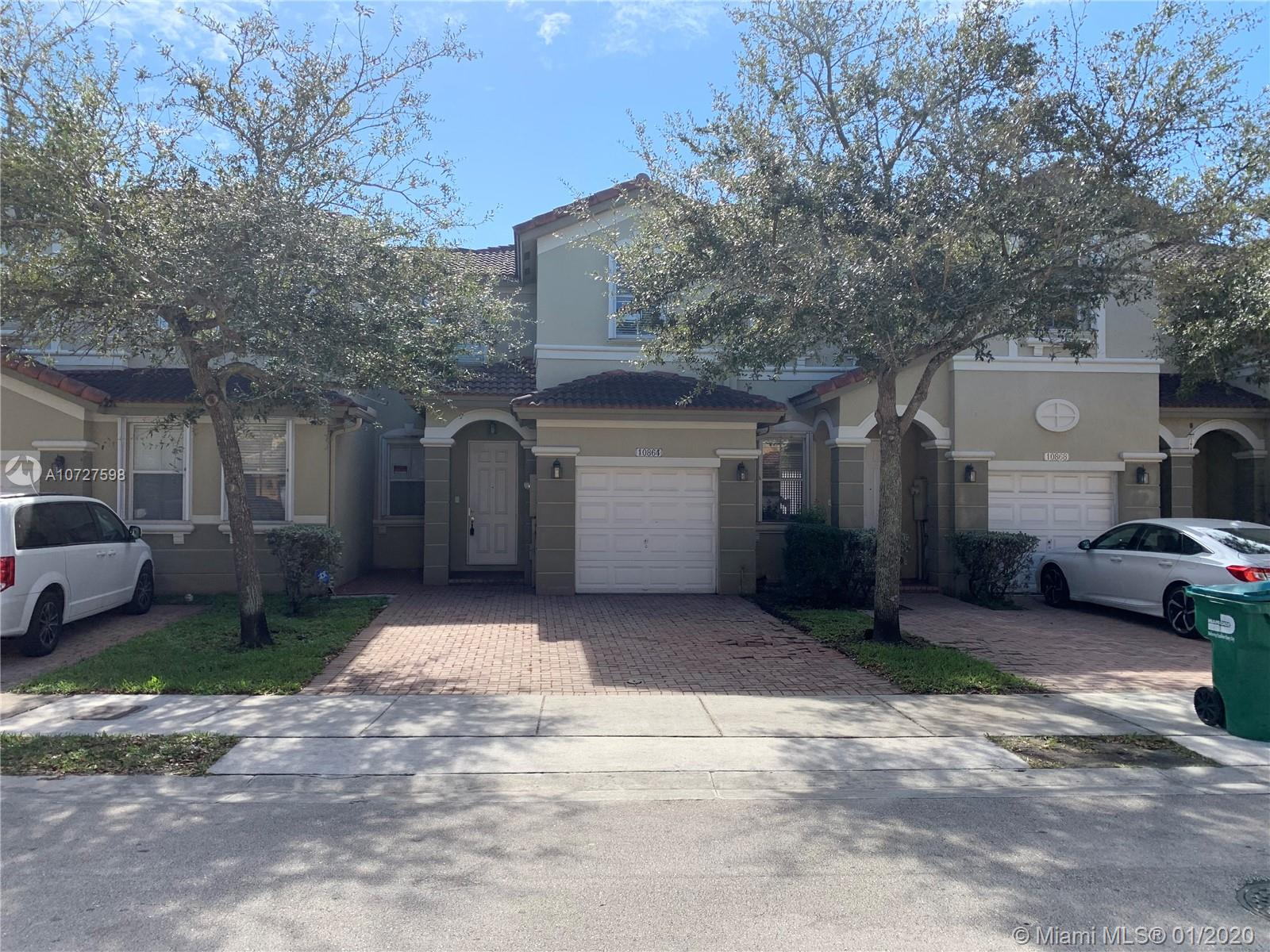 10864 NW 79th St #10864 For Sale A10727598, FL