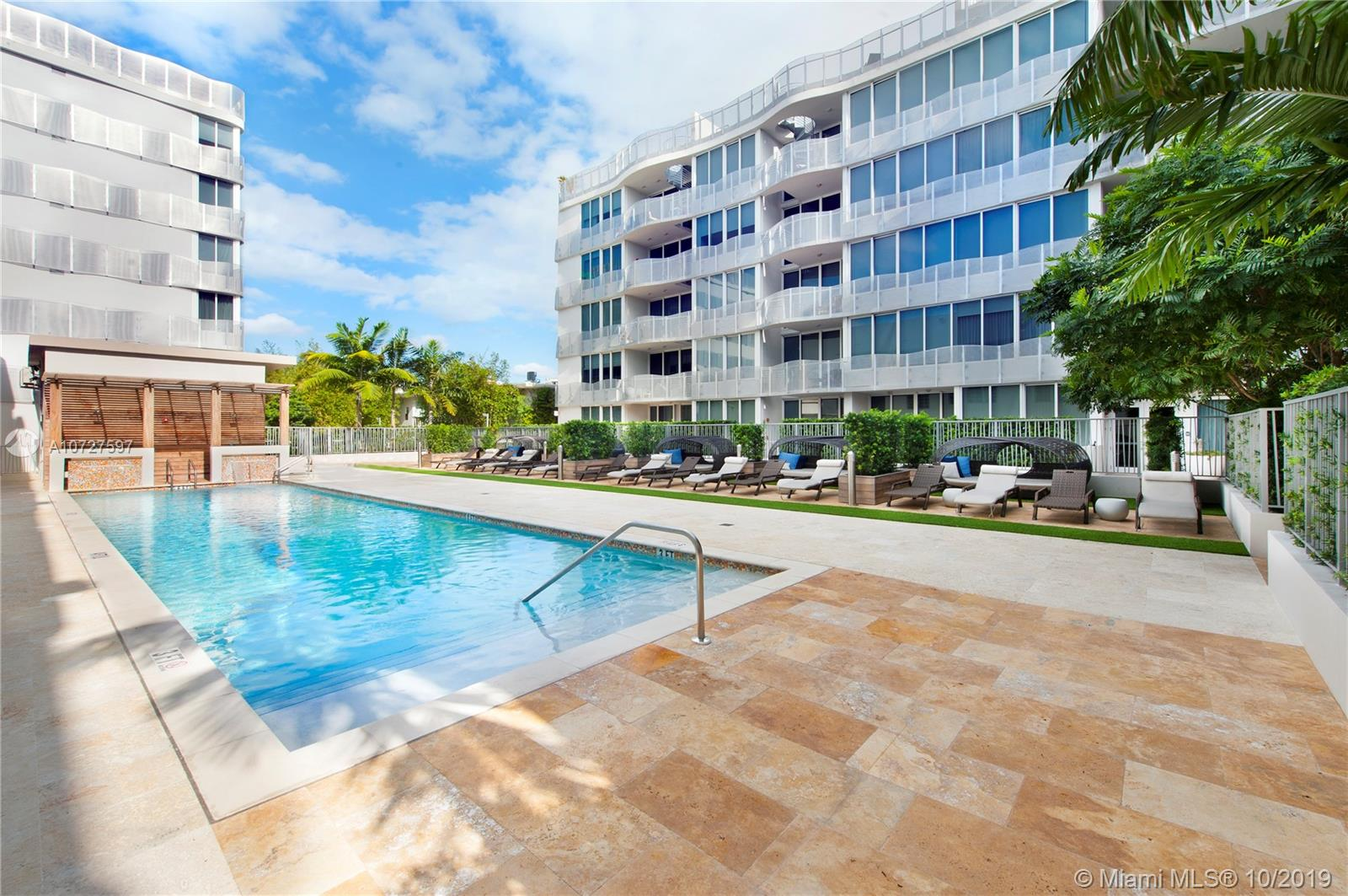 435  21st Street #111 For Sale A10727597, FL