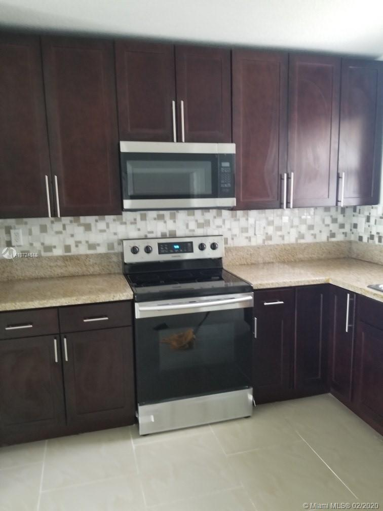19450 NW 32nd Ave, Miami Gardens, FL 33056