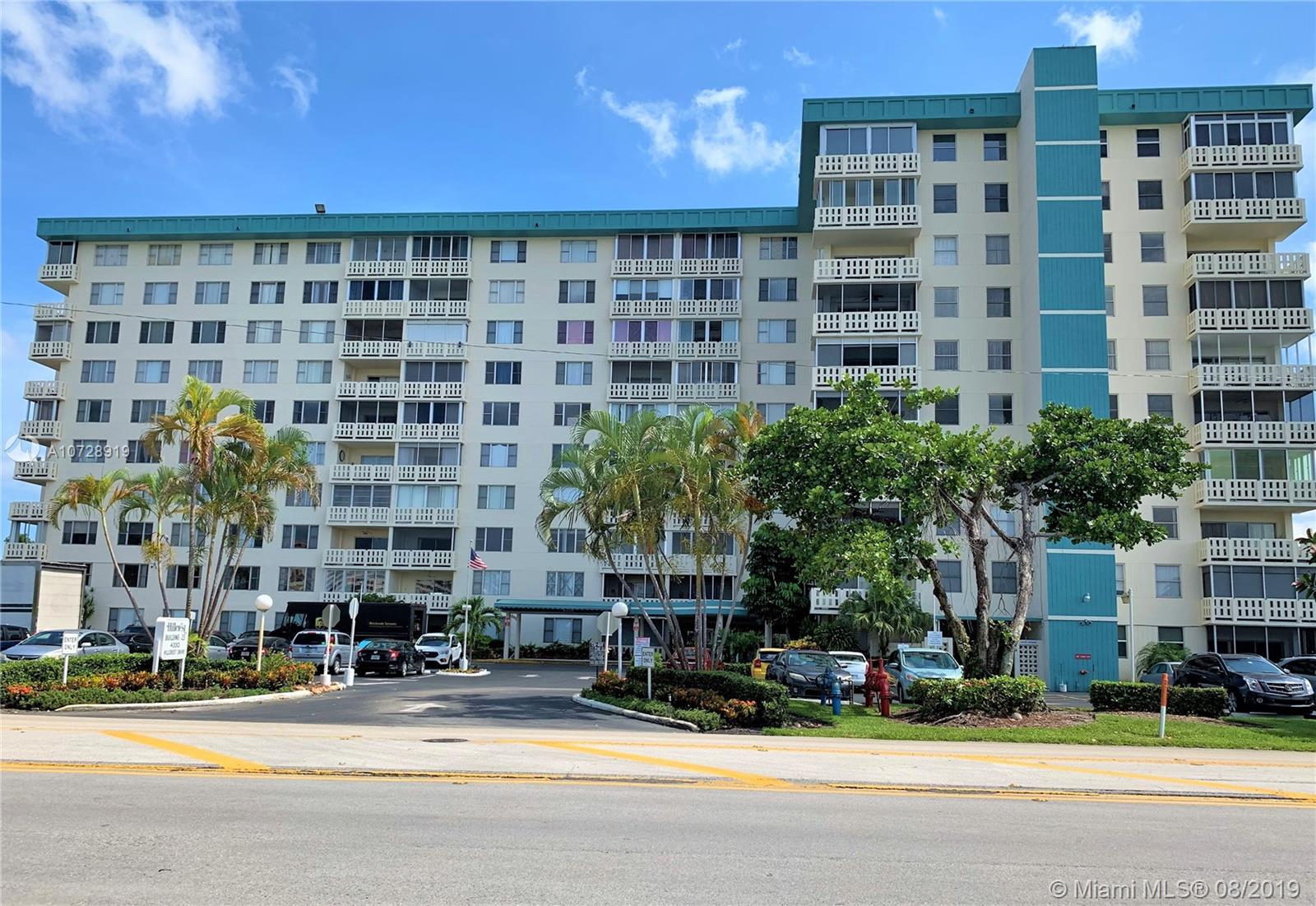 4330  Hillcrest Dr #510 For Sale A10728919, FL