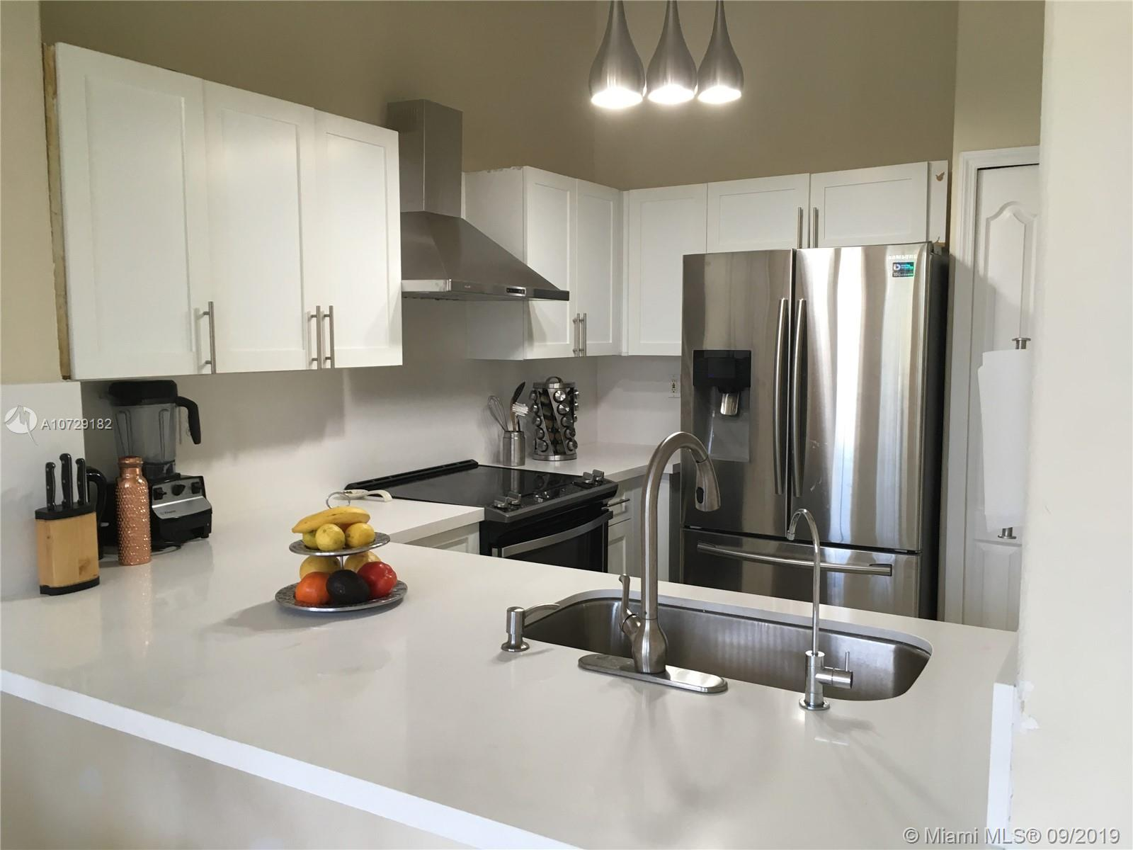 2925 SE 16th Ave #202 For Sale A10729182, FL