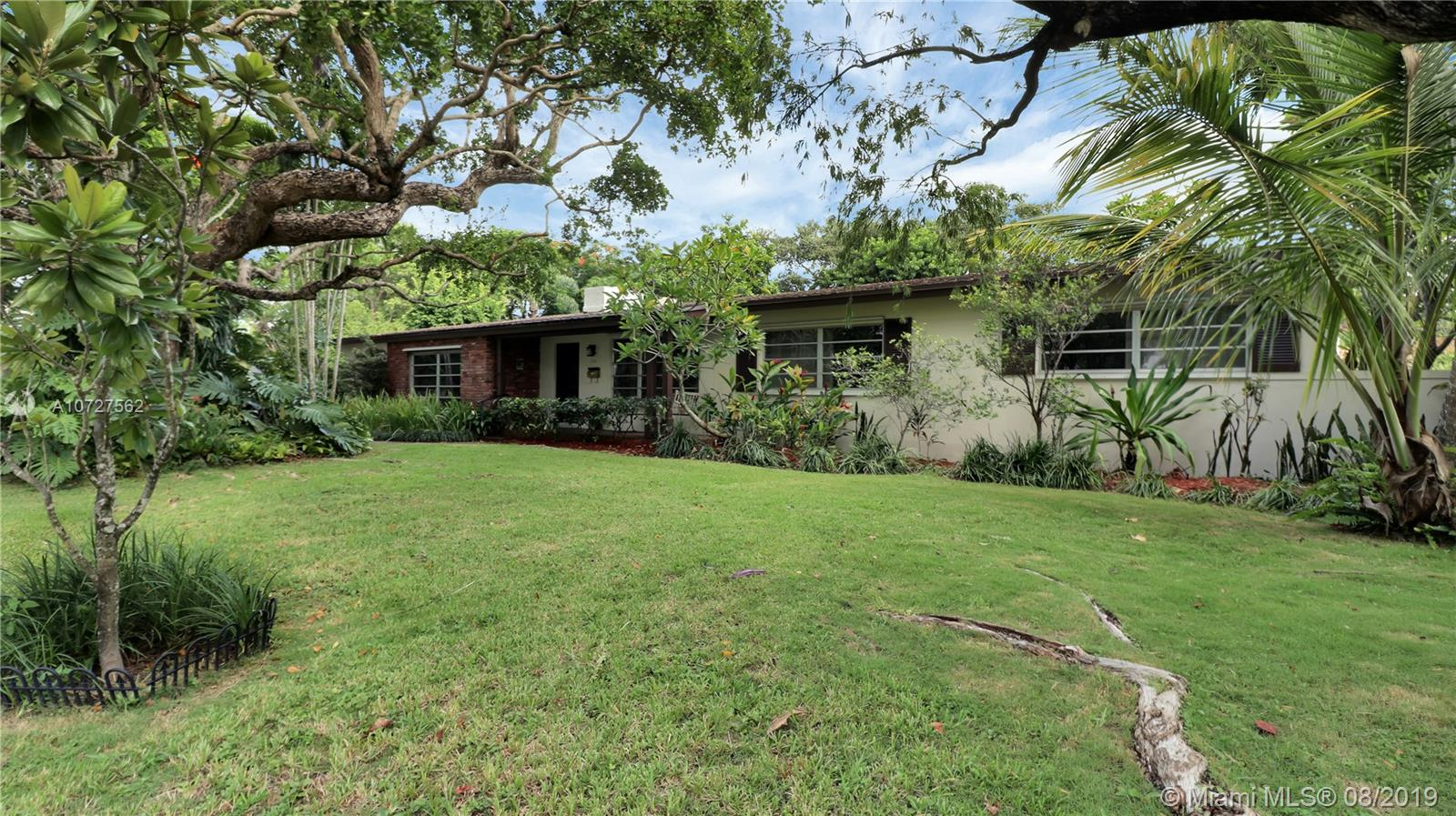 7531 SW 137th St  For Sale A10727562, FL
