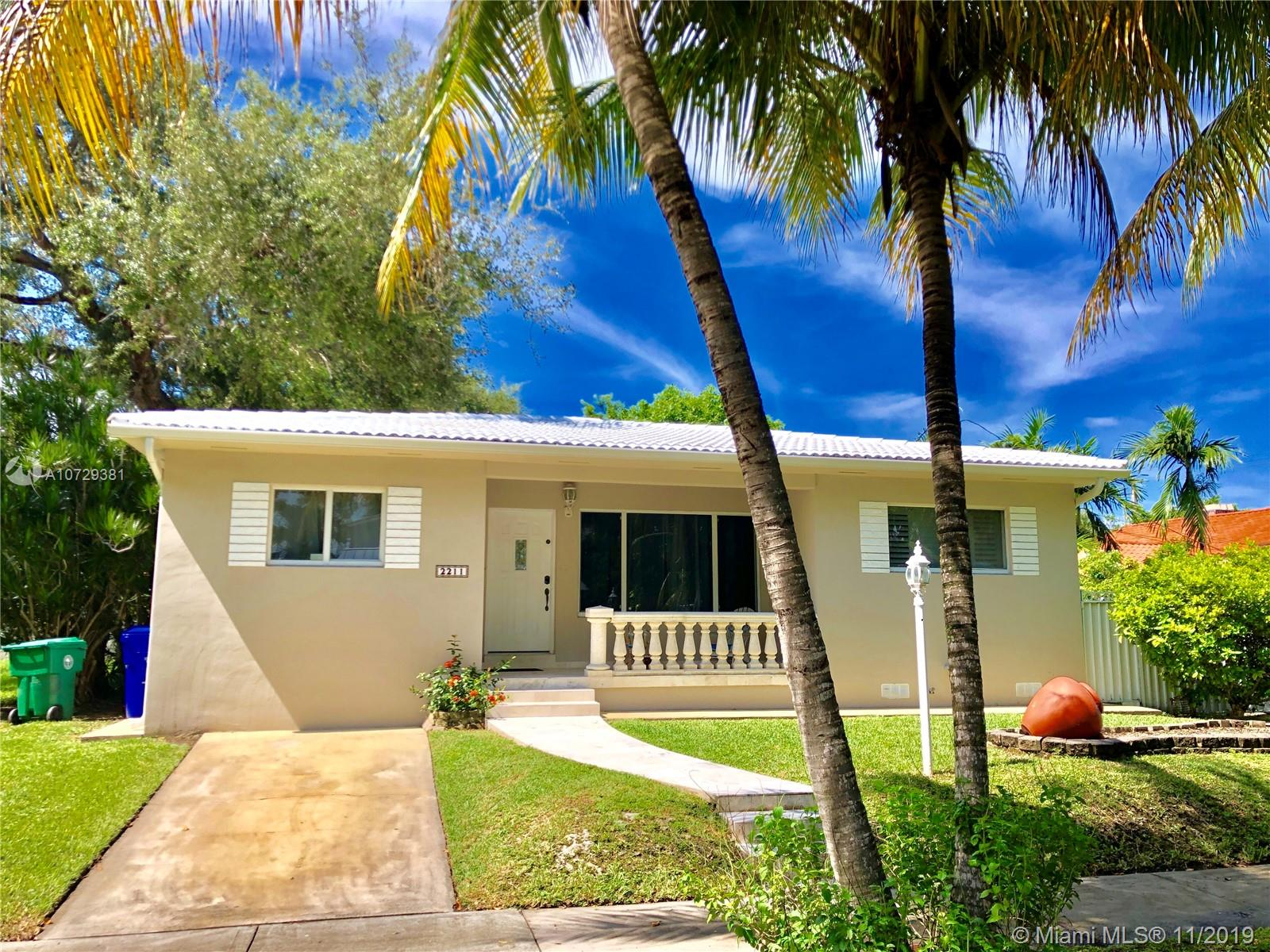 2211 SW 23rd Ter  For Sale A10729381, FL