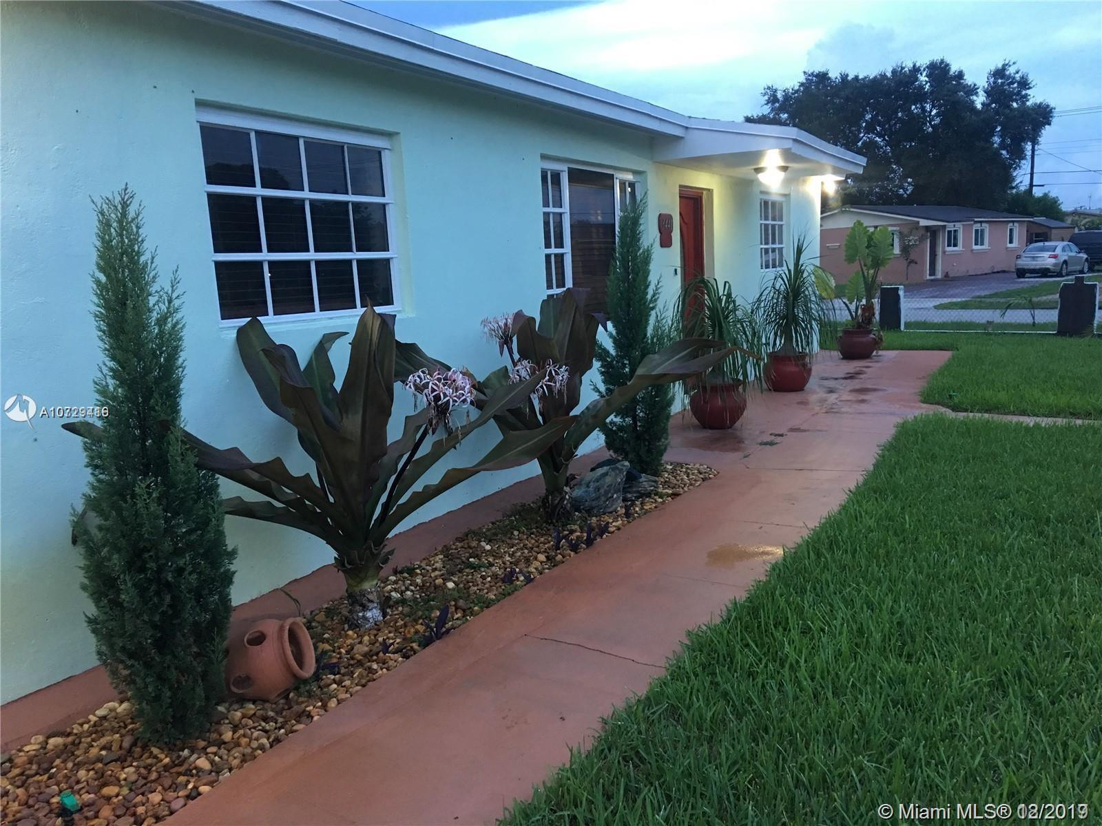 3441 NW 208th St, Miami Gardens, FL 33056