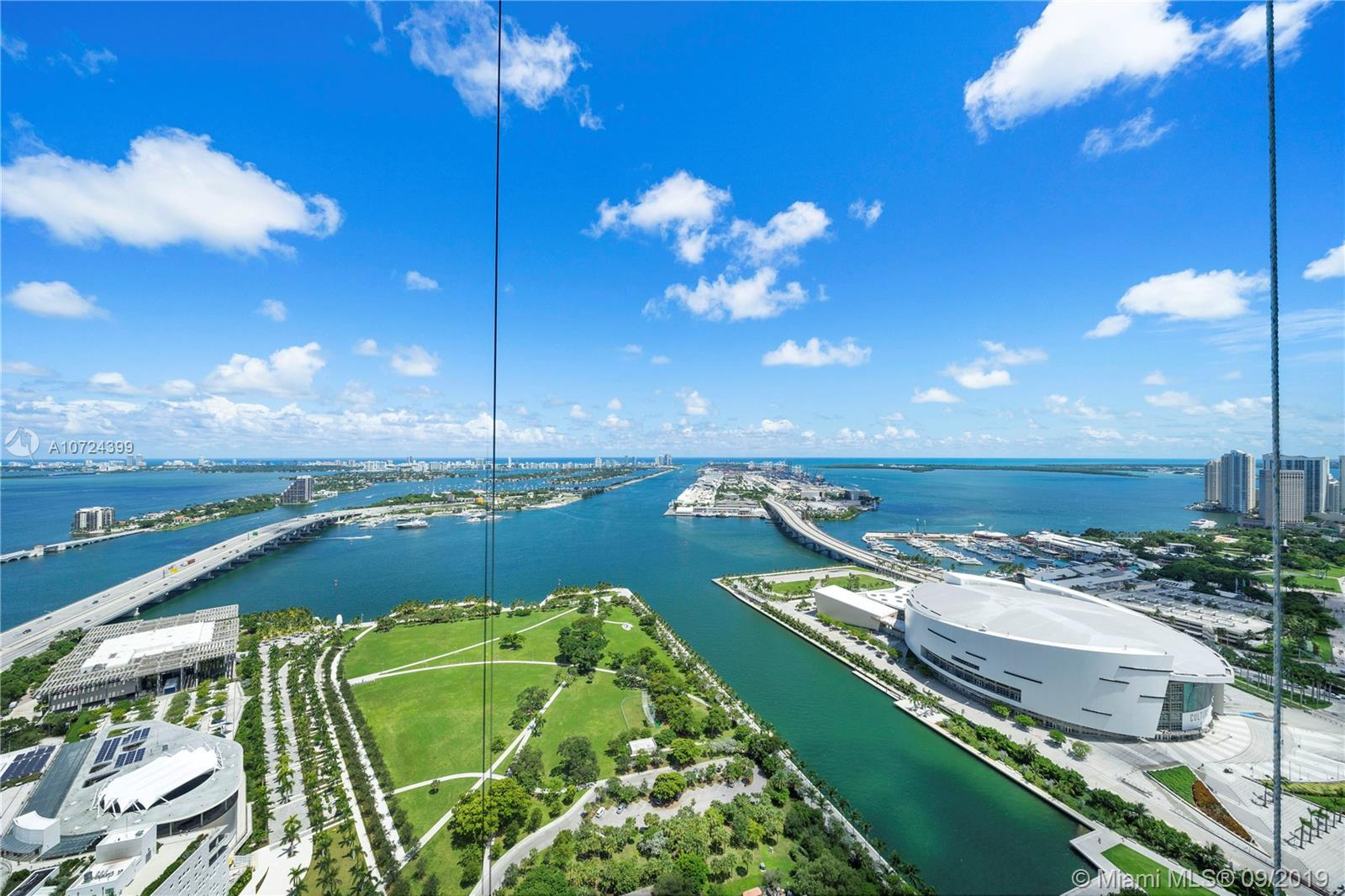 1000  Biscayne Blvd #4201 For Sale A10724399, FL