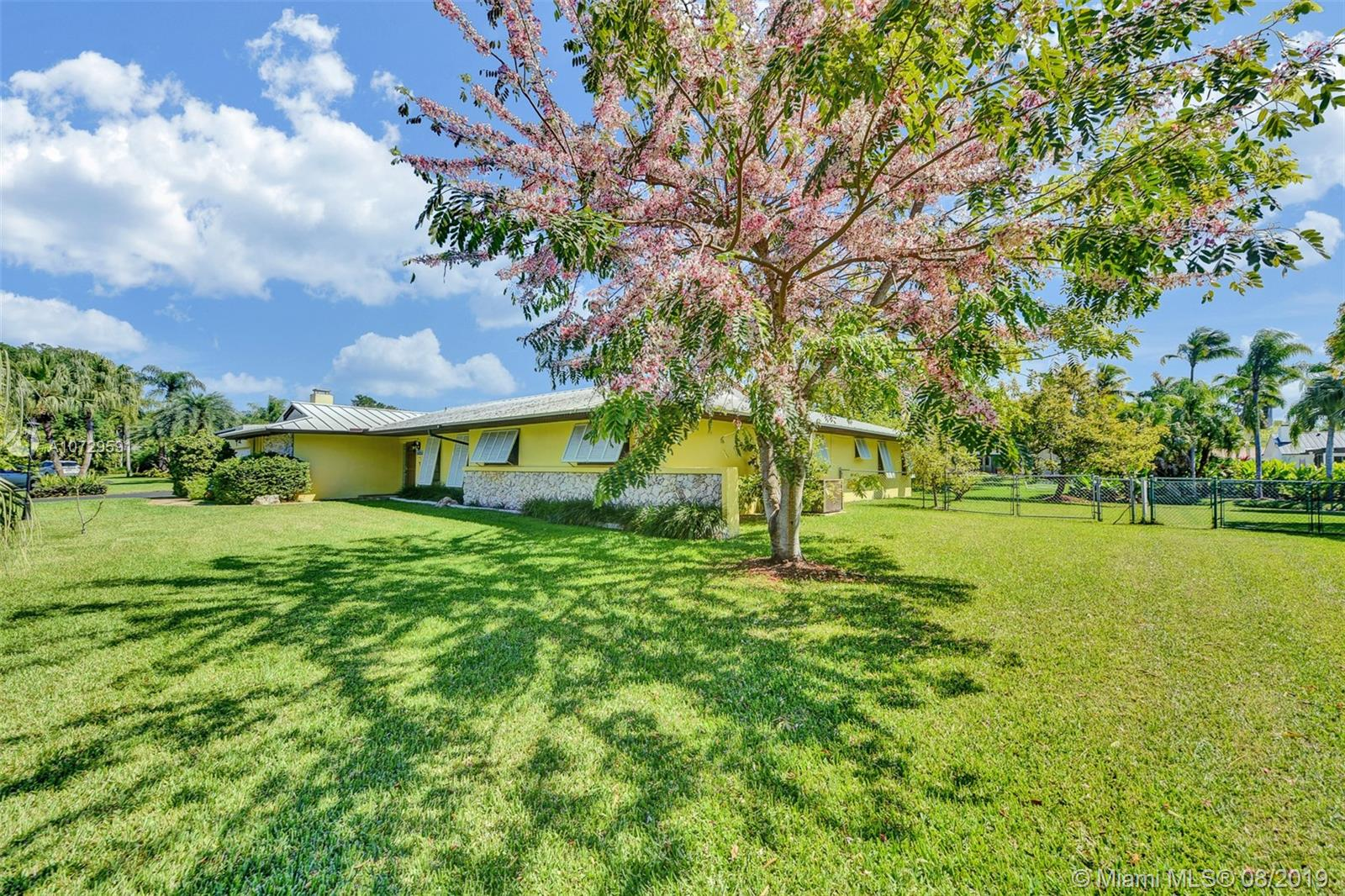 15325 SW 77th Ct  For Sale A10729591, FL