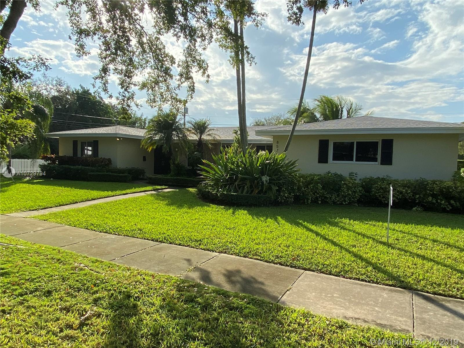 8570 SW 155th Ter  For Sale A10729794, FL