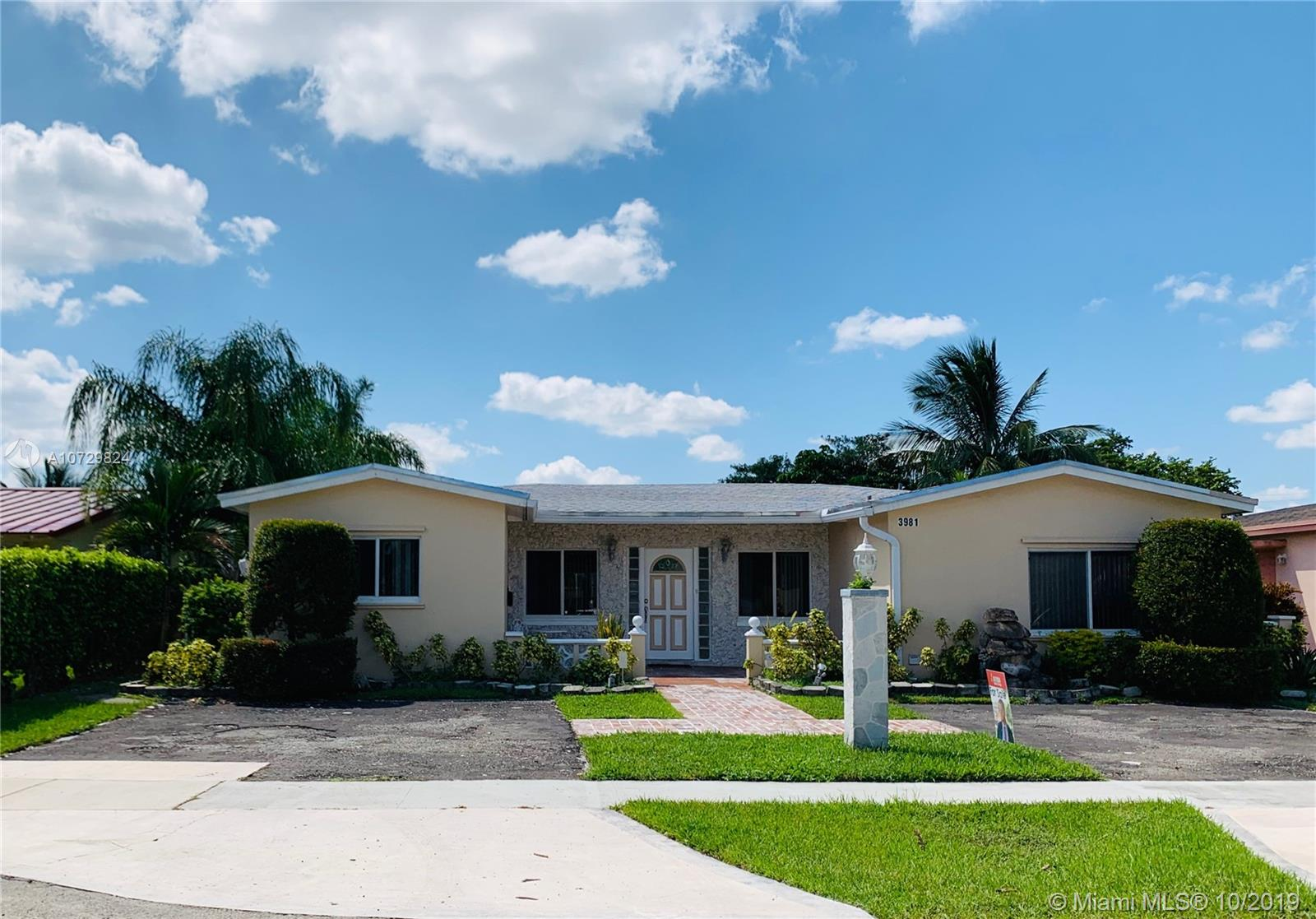 3981 NW 47th Ter, Lauderdale Lakes, FL 33319