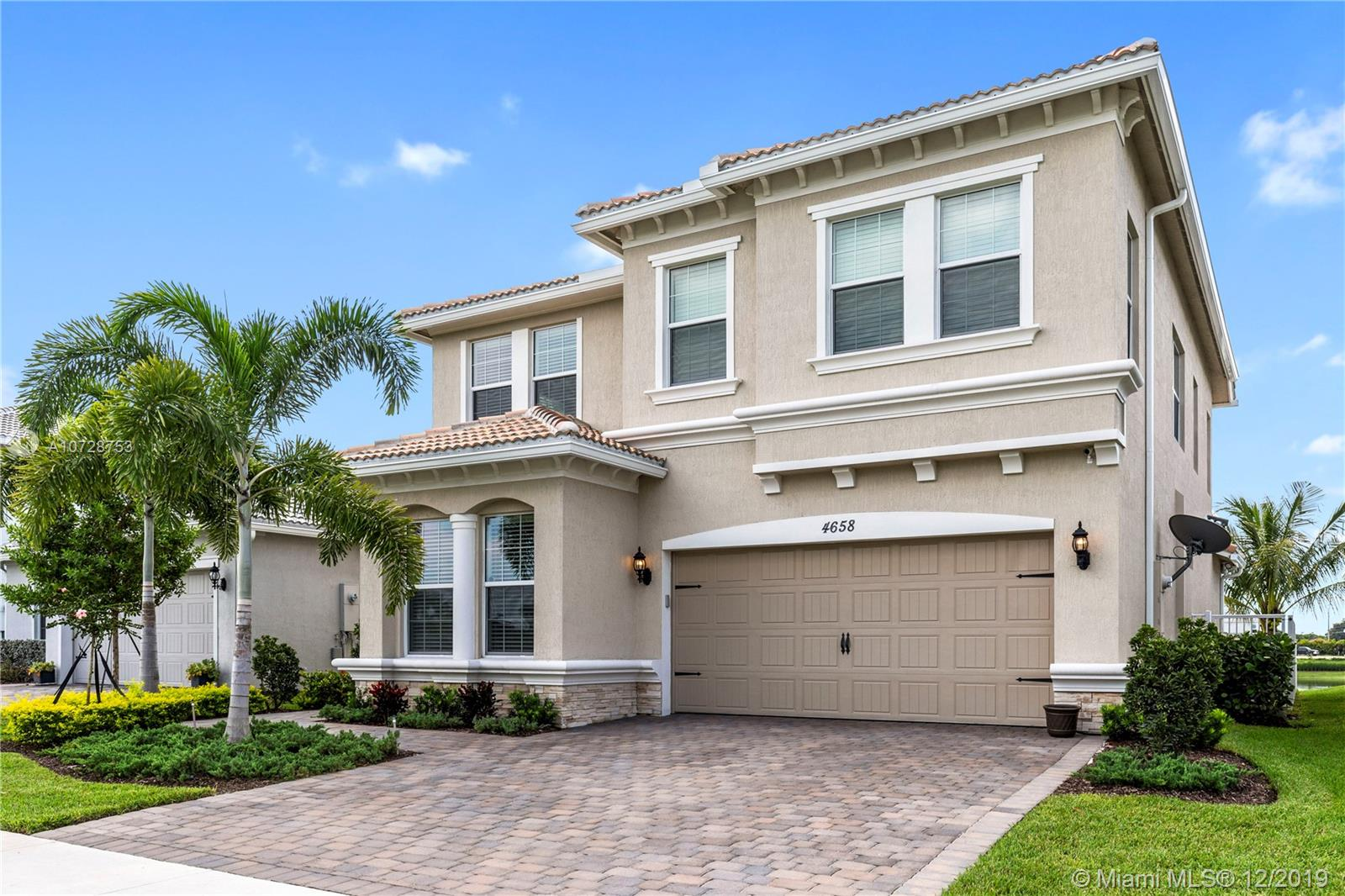 4658  Greenway Dr  For Sale A10728753, FL