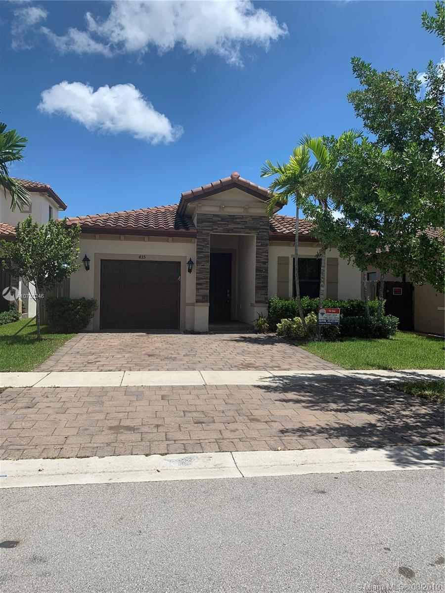 435 SE 33rd Ter  For Sale A10730246, FL