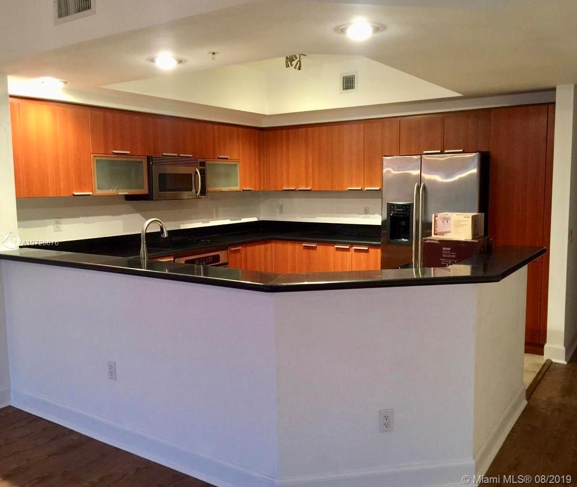 14951  Royal Oaks #203 For Sale A10728676, FL
