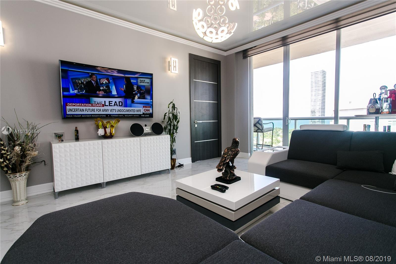 ---CASH BUYER ONLY,FUNDS MUST BE PROVIDED BEFORE SHOWING---TOTALLY REMODELED $170.000 IN UPGRADES !!! 2 BEDROOM PENTHOUSE, has views from the balcony of the ocean from both Sunny Isles BEACH and Golden Beach.
