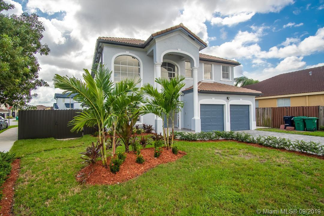 7845 SW 164 Place  For Sale A10730933, FL