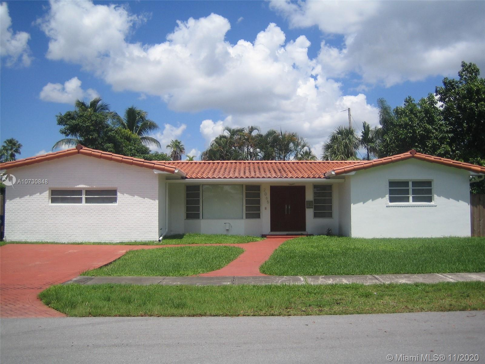2065 NE 202nd St  For Sale A10730848, FL