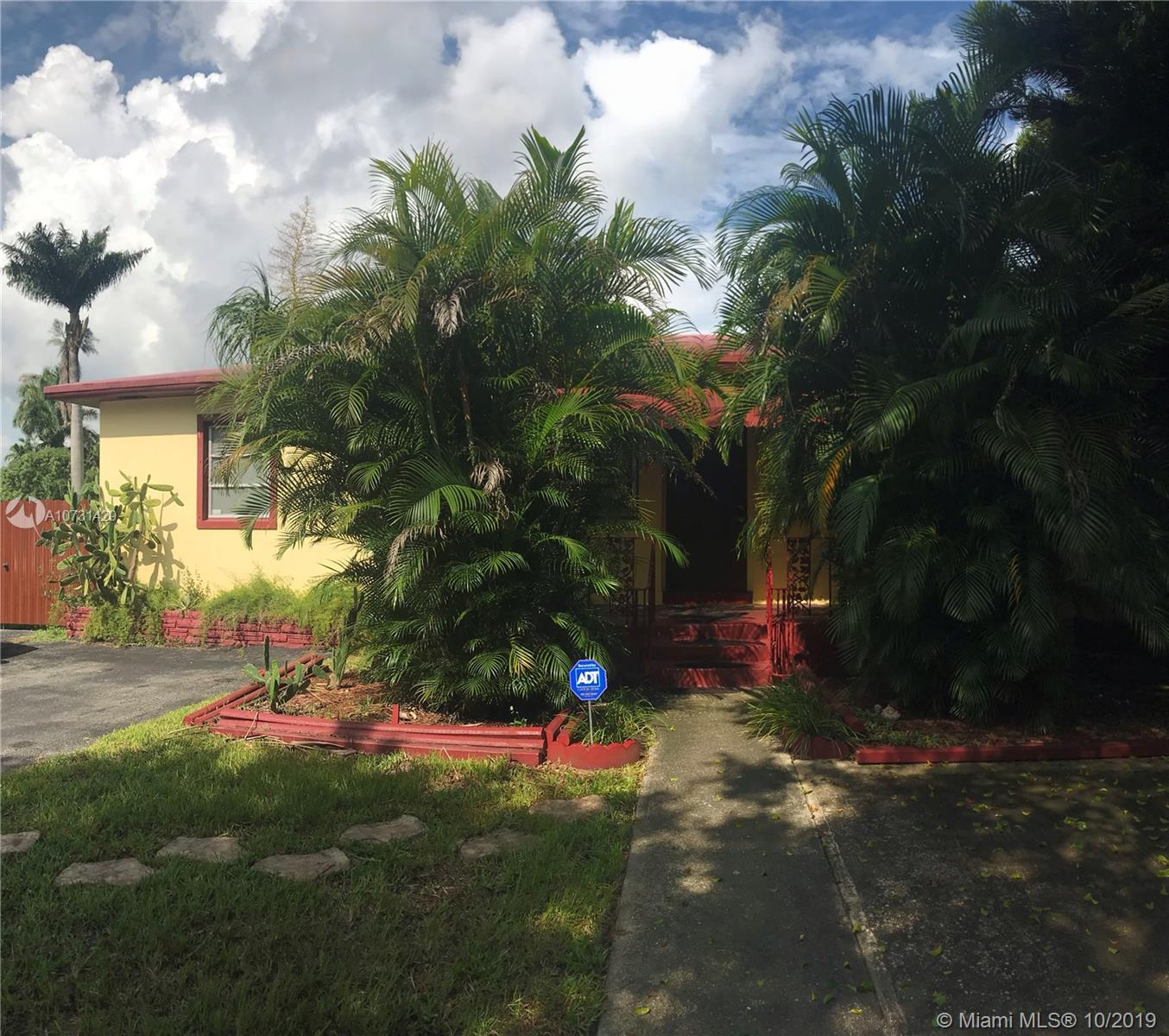 12490  Griffing Blvd  For Sale A10731429, FL