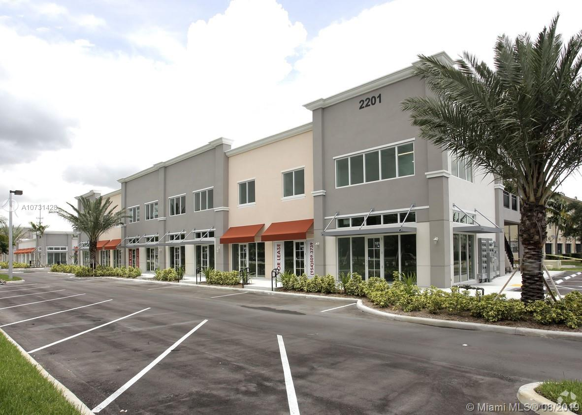 2501 SW 101 st Ave  For Sale A10731428, FL