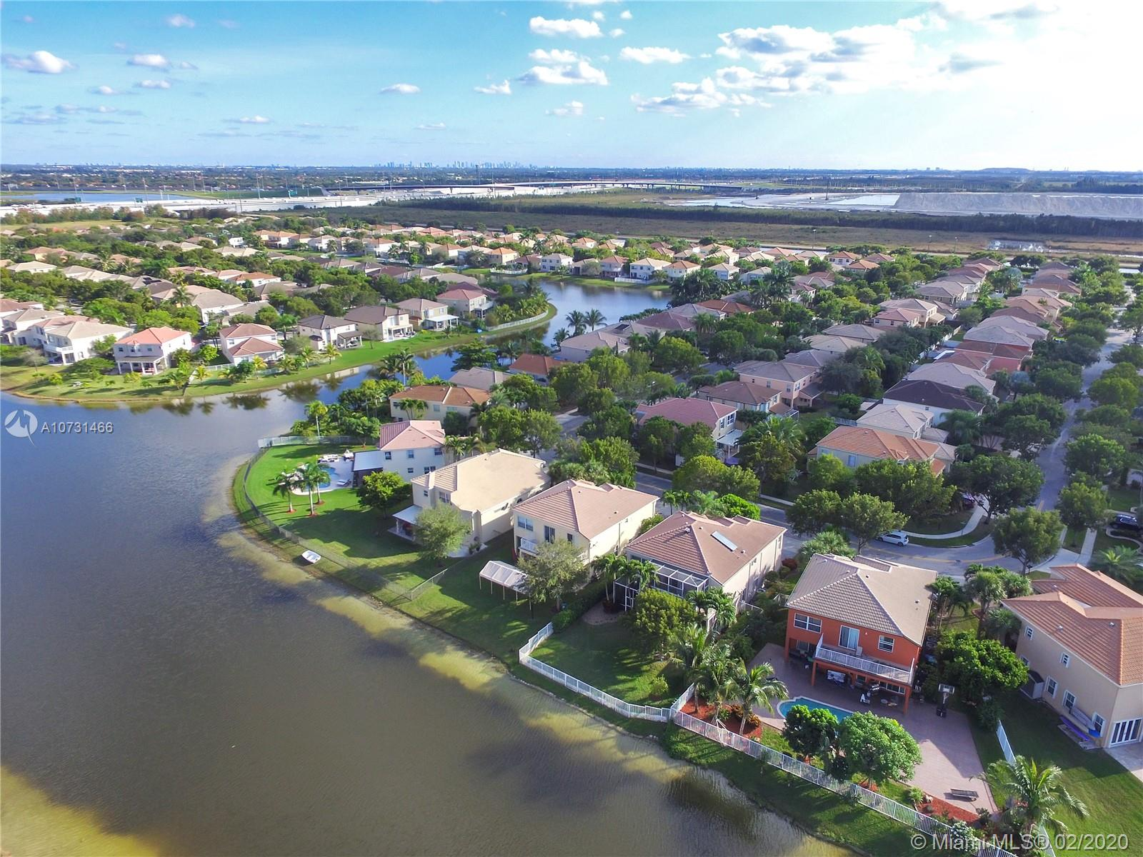 15835 SW 52nd Ct  For Sale A10731466, FL