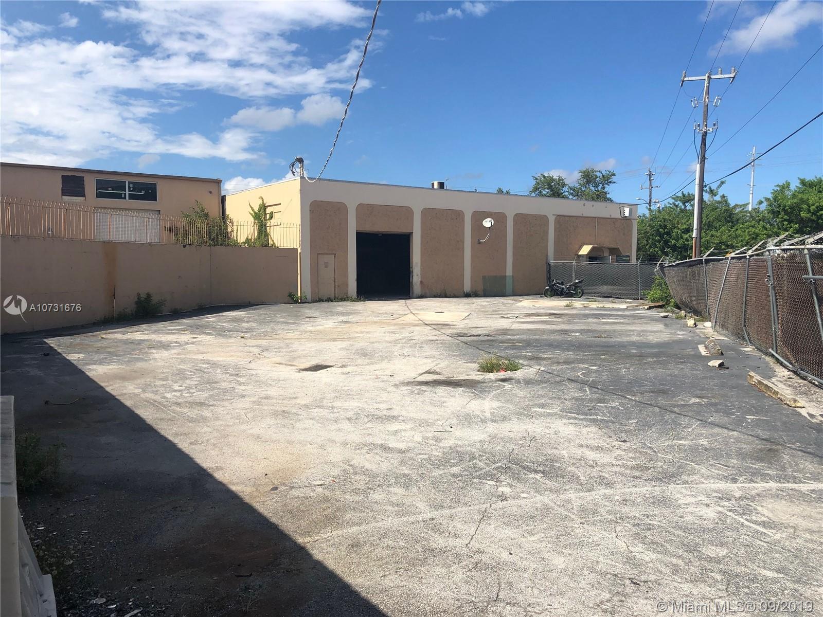 17050 NW 3rd Ave, North Miami Beach, FL 33169