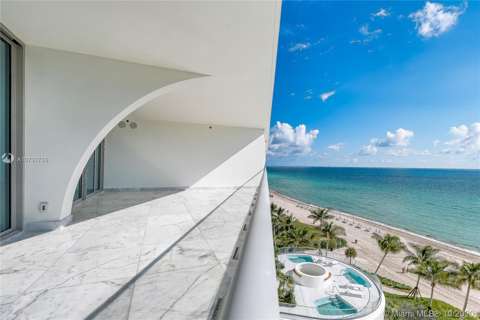 16901  Collins Ave   803