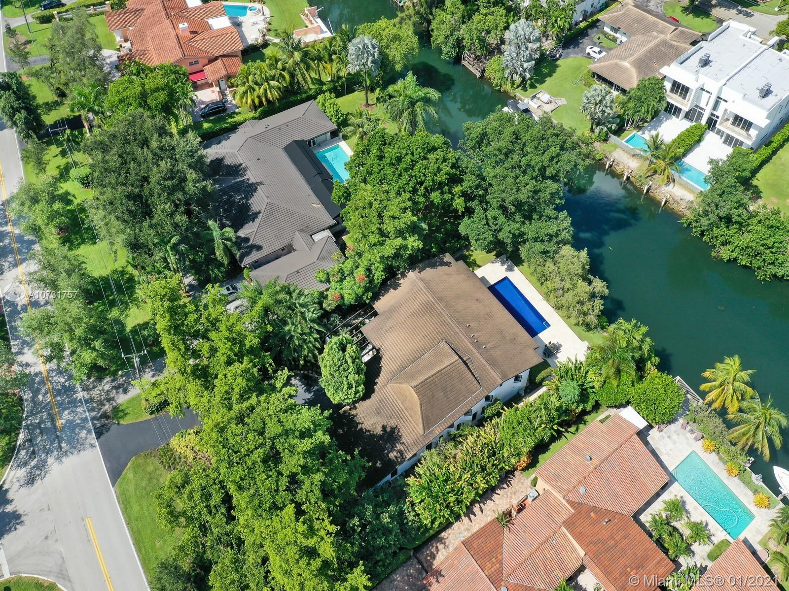 4880  Granada Blvd  For Sale A10731757, FL