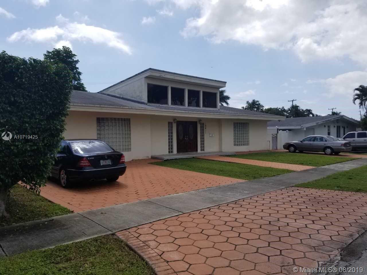 19411 NE 19th Ave  For Sale A10719425, FL
