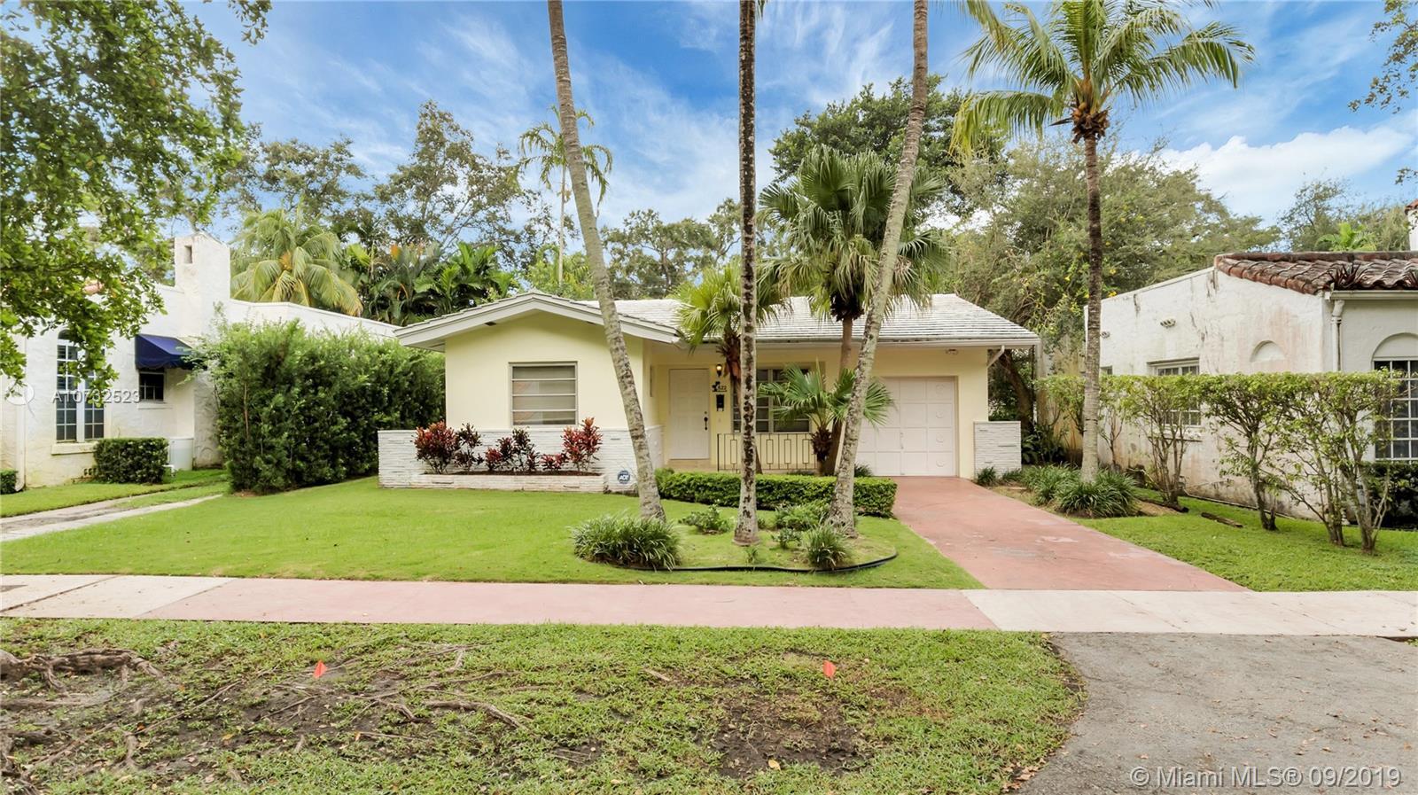 822  Medina Ave  For Sale A10732523, FL
