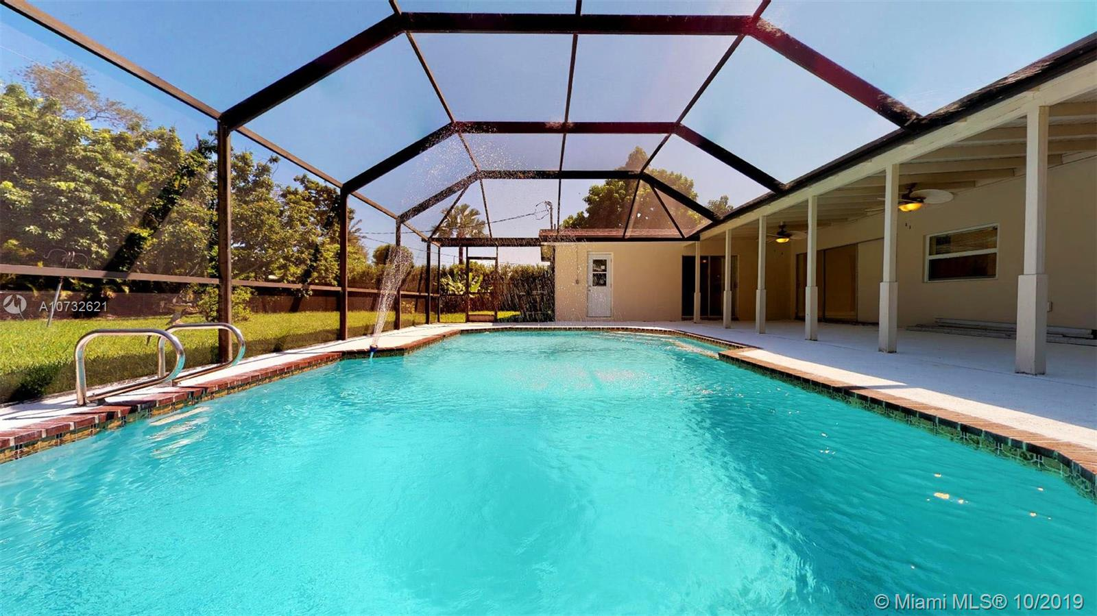 17701 SW 93rd Ave  For Sale A10732621, FL