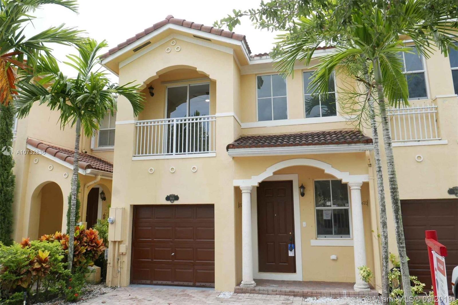 966 SW 151st Pl #966 For Sale A10732836, FL