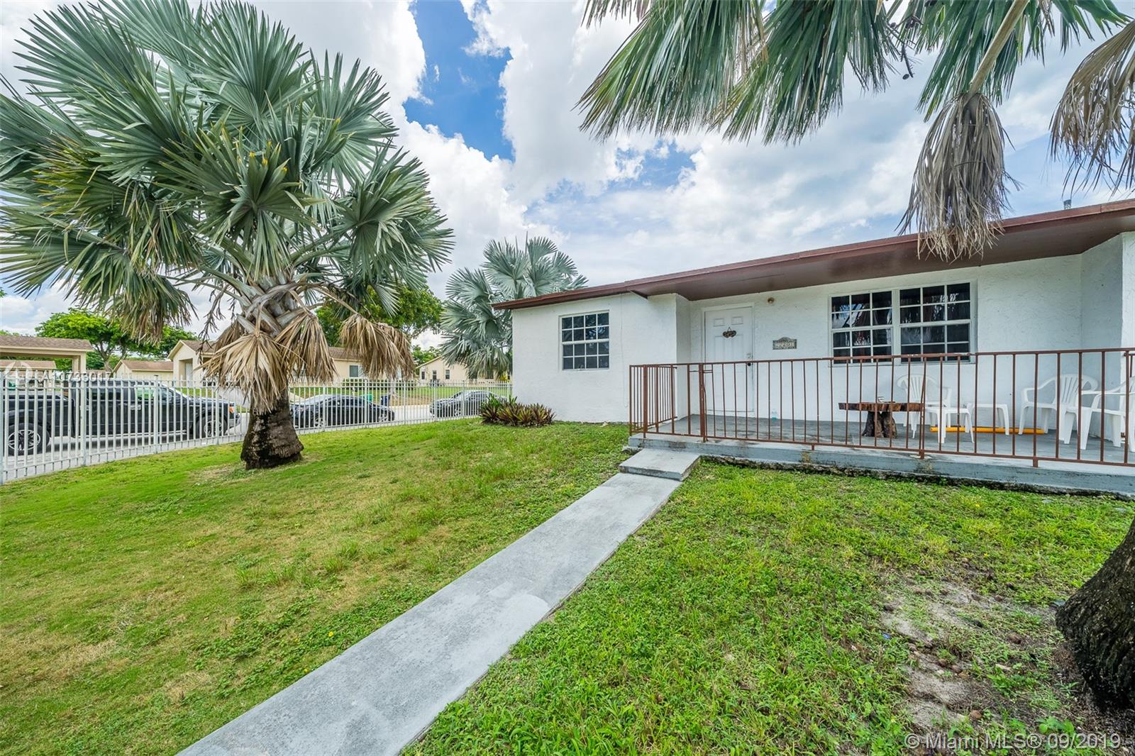 22201 SW 113th Ct  For Sale A10733017, FL