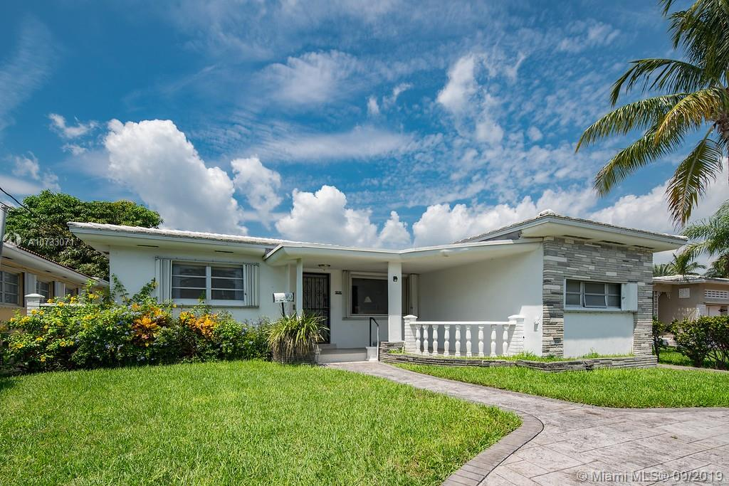 9556  Carlyle Ave  For Sale A10733071, FL