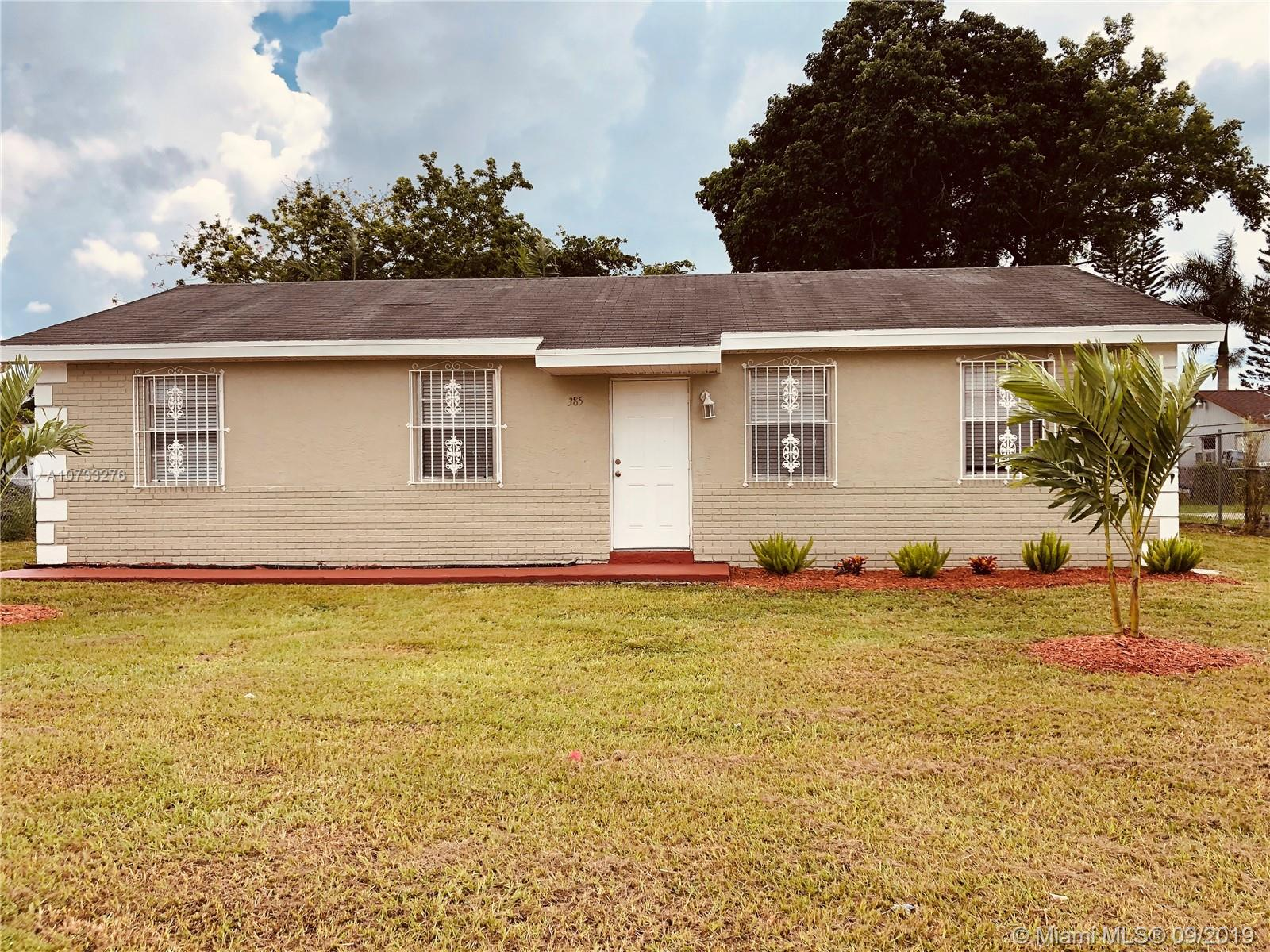 385 SW 17th Ave  For Sale A10733276, FL