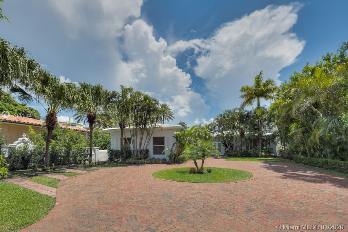 5529  Pine Tree Dr  For Sale A10733580, FL