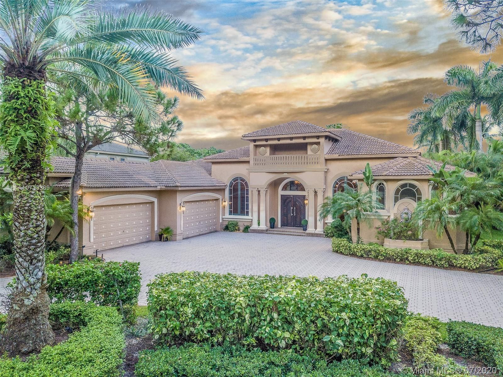 5996  Pinewood Ave  For Sale A10733389, FL