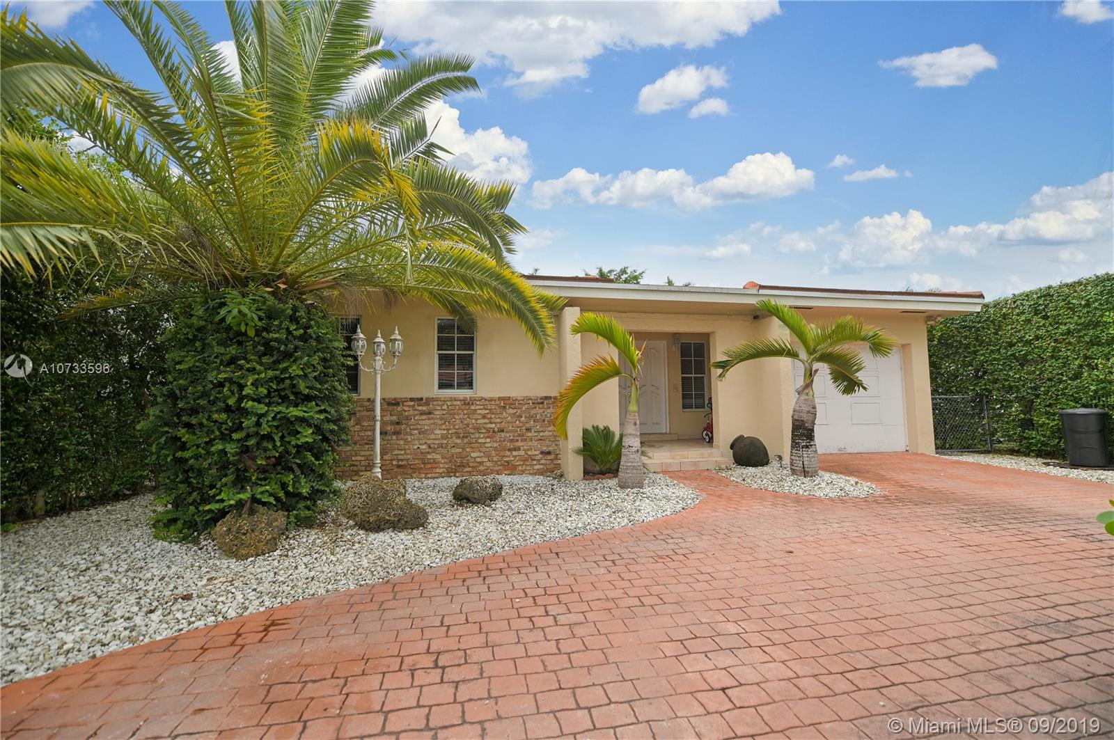 2005 SW 57 ave  For Sale A10733596, FL