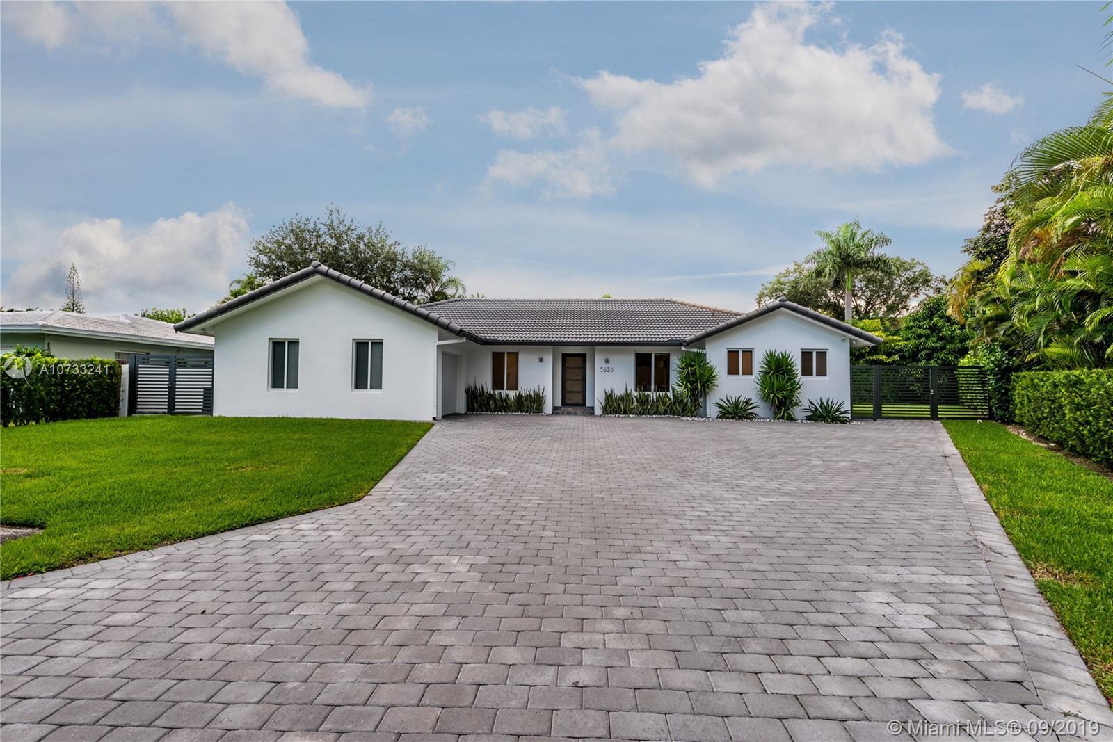 5620 SW 59th Pl  For Sale A10733241, FL