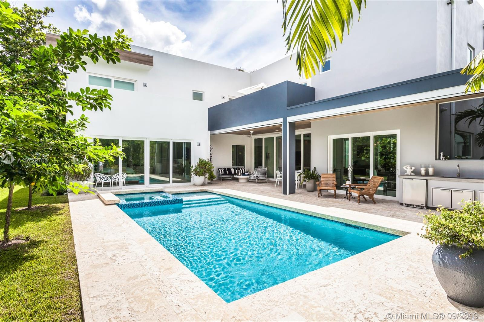 5753 S W 83rd St  For Sale A10729703, FL