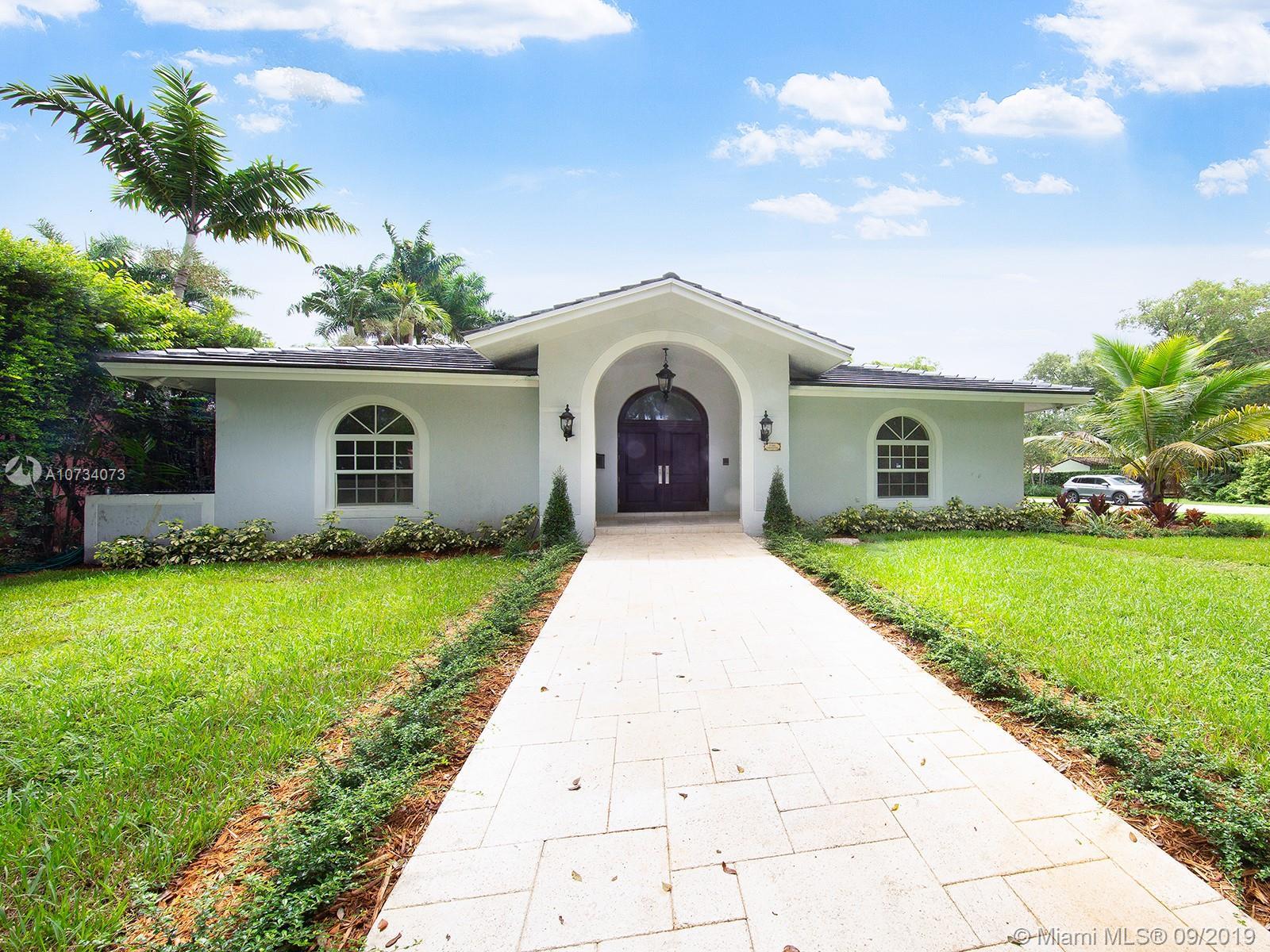 1148  Obispo Ave  For Sale A10734073, FL