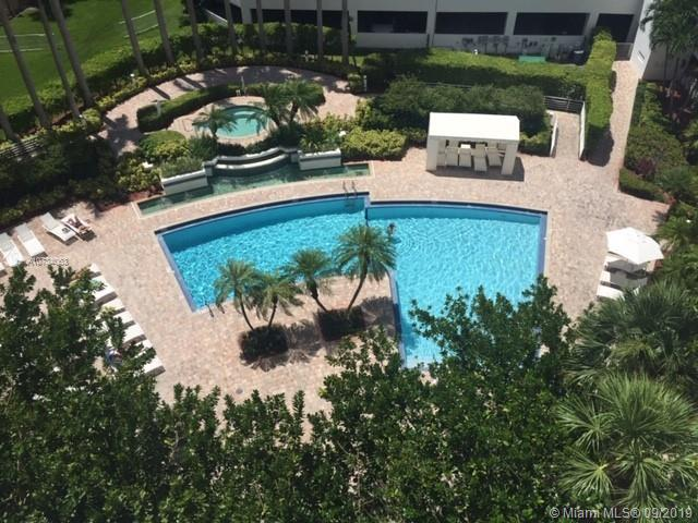 3300 NE 192nd St #815 For Sale A10734063, FL
