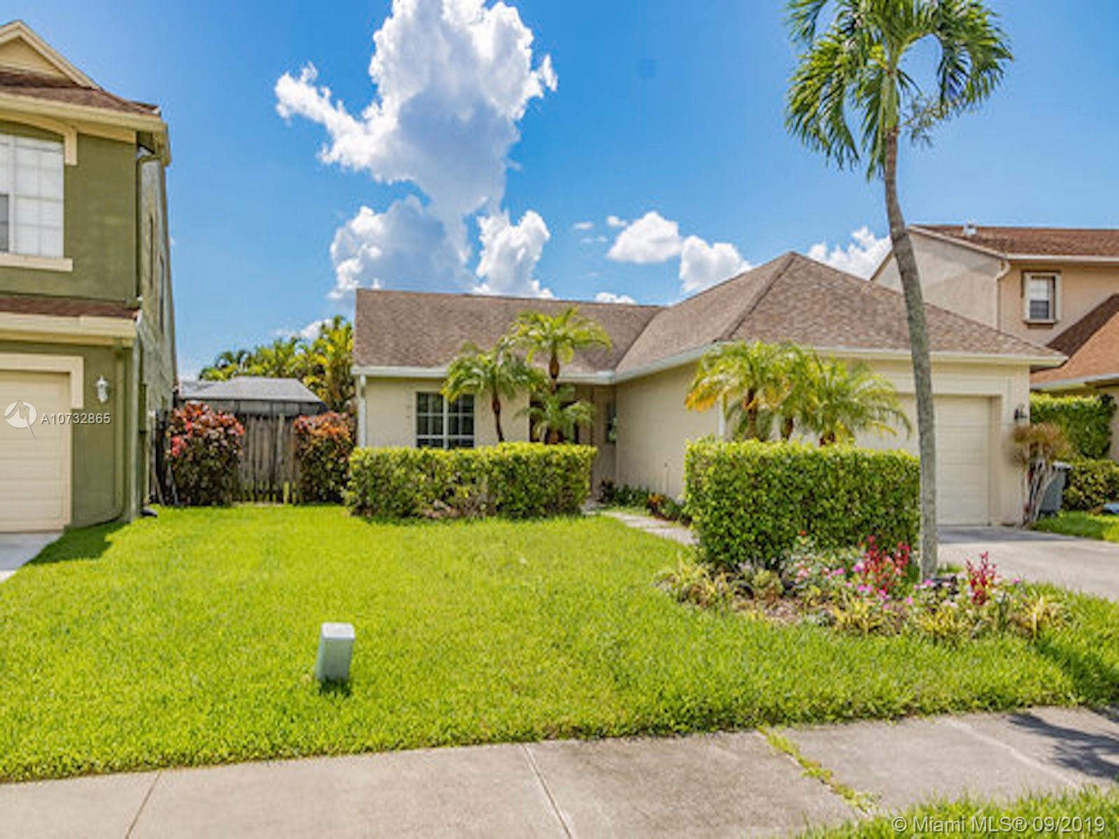 22552 Middletown Dr, Boca Raton, FL 33428