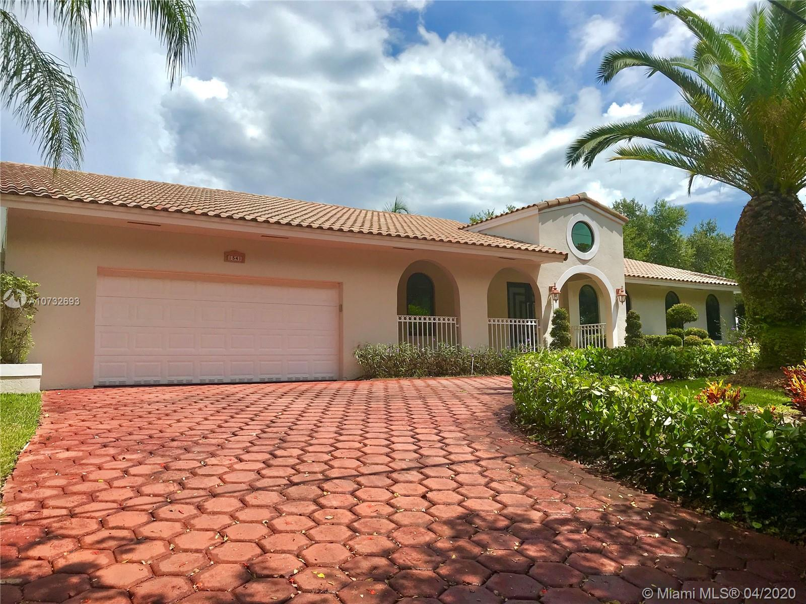 1541  Lugo Ave  For Sale A10732693, FL