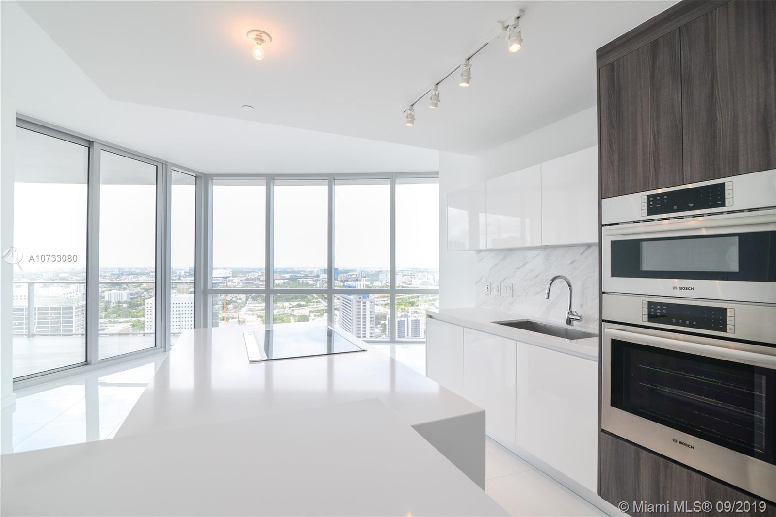 851 NE 1st Ave #3304 For Sale A10733080, FL