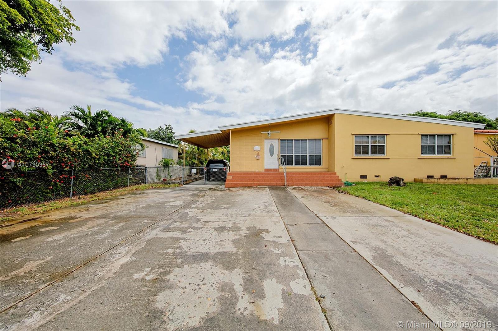3541 SW 87th Ave  For Sale A10730357, FL