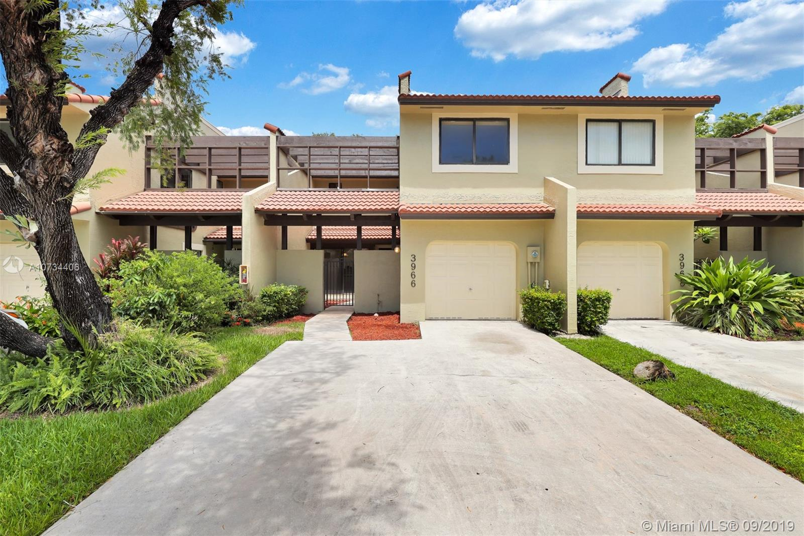 3966  Adra Ave #C-52 For Sale A10734406, FL