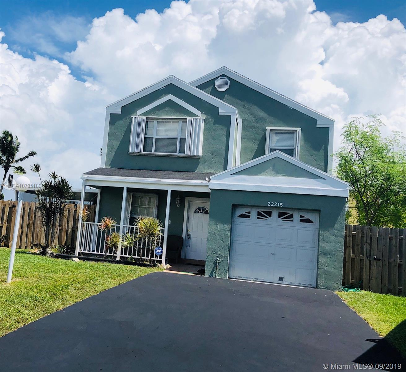22215 SW 100th Ave  For Sale A10735100, FL
