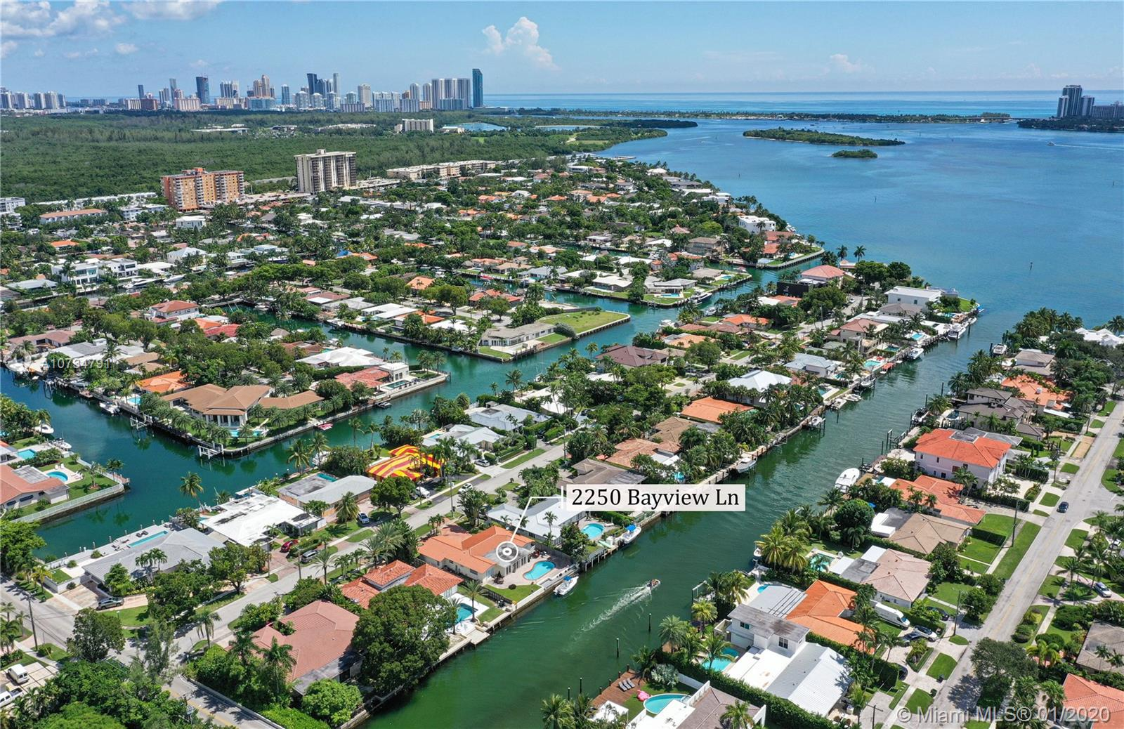 2250 Bayview Ln, North Miami, FL 33181