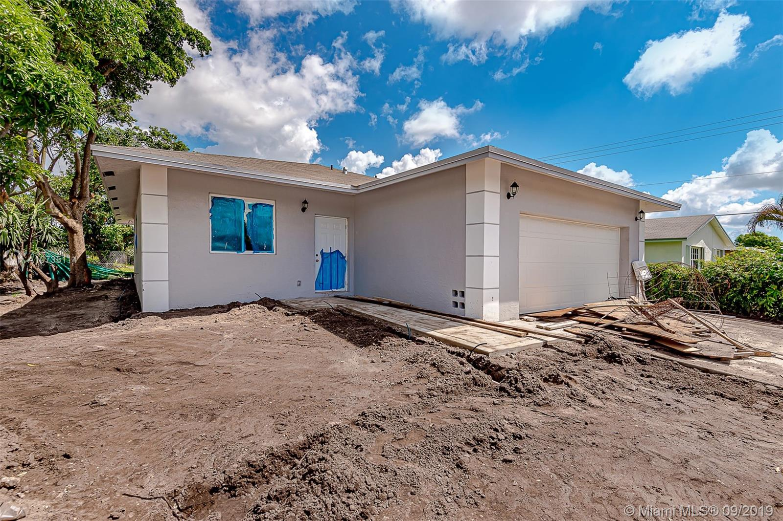 3001 NW 3rd ST  For Sale A10735114, FL