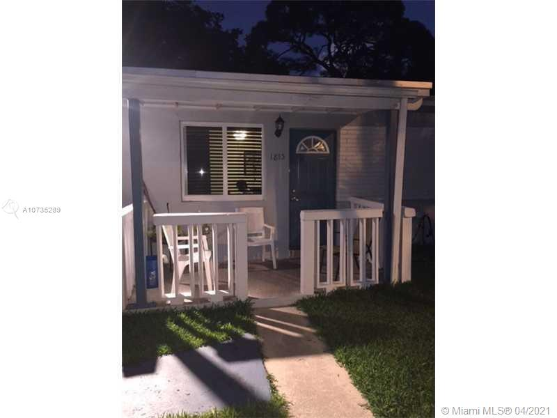 1815 NW 8th Ct  For Sale A10735289, FL