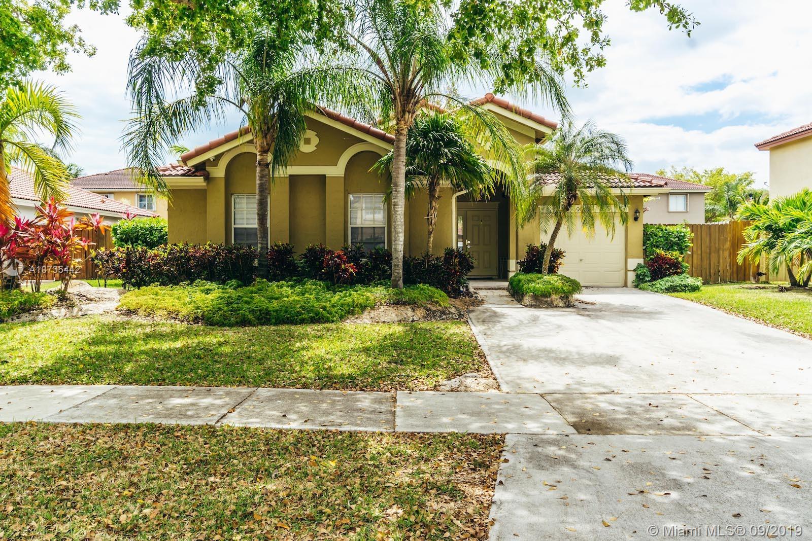 9034 SW 212 Lane  For Sale A10735442, FL